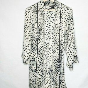 Natori Womens Size Medium Robe Kimono Animal Print
